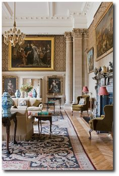 The Life of the House by Henrietta Spencer-Churchill (Rizzoli). Henrietta Spencer-Churchill, Georgian Style, Georgian Houses, Regency Furniture, English Style, English Decorating, Georgian Furniture
