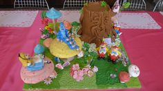 Birthday cake - Alice in wonderland, by Karine Zablit © Walt Disney