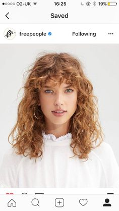 21 curly bangs hairstyle ideas seen on celebs who refuse to tame the mane & q Long Curly Hair bangs Celebs curly Hairstyle Ideas Mane Refuse Tame Curly Hair Fringe, Curly Hair Styles, Curly Hair Braids, Curly Hair With Bangs, Curly Hair Cuts, Short Curly Hair, Hairstyles With Bangs, Bangs Hairstyle, Hairstyle Ideas