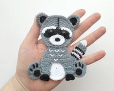 This PATTERN Raccoon Applique Crochet Pattern PDF Woodland Animals is just one of the custom, handmade pieces you'll find in our patterns & blueprints shops. Motifs D'appliques, Crochet Motifs, Crochet Patterns, Crochet Appliques, Crochet Animals, Crochet Toys, Crochet Baby, Blanket Crochet, Crochet Gifts