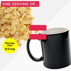 Need a lesson in portion control that doesn't include measuring cups, scales, and spoons? Use these conventional items to estimate a portion that best resembles the food label's official serving size. Kito Diet, Clean Eating, Healthy Eating, Perfect Portions, Womens Health Magazine, Portion Sizes, Calorie Intake, Portion Control, Food Labels