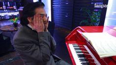 Morgan spiega (e suona) Beethoven, i Beatles e la musica ecclesistica.  Un'anima speciale, un genio!