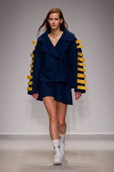 Jacquemus at Paris Fashion Week Fall 2014 - Runway Photos