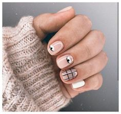 Get ready for some real art, on your nails though - Picasso nails and abstract manicure are taking over social media. Take a look at these chic manicures! Cute Acrylic Nails, Cute Nails, Hair And Nails, My Nails, Picasso Nails, Nail Polish, Gel Nail, Uv Gel, Minimalist Nails