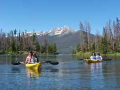 2.5 hour guided kayak tours on Lake Dillon. Frisco Colorado