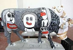"""Photos of Cow Parade, """"the largest and most successful public art event in the world,"""" with links to other sites. Cows Mooing, Cow Photos, Cow Parade, Cute Cows, Visual Diary, Public Art, Animal Paintings, Baby Strollers, Cool Art"""