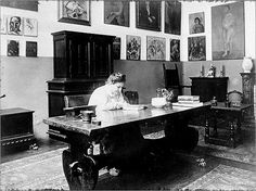 Writing space, Gertrude Stein