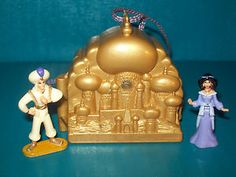 Disney Polly Pocket Aladdin Locket Playset Necklace
