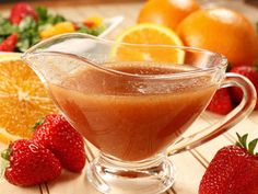 A fruit vinaigrette cuts the tang of olive oil and vinegar in salad dressing. Try Strawberry Vinaigrette and see the wonders it can work for your salads! Vinaigrette Salad Dressing, Salad Dressing Recipes, Salad Recipes, Salad Dressings, Vinaigrette Recipe, Cat Recipes, Recipies, Easy Salads, Summer Salads