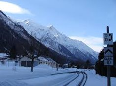 """http://www.alps2alps.com/EN/ski-transfer-train-stations.html  When you visit Venice, you will have opportunity to try various vehicles including regular airport taxis or the """"water taxis"""". It must be sure that most holidaymakers will jump right at the unique ride, traditional taxi cabs."""