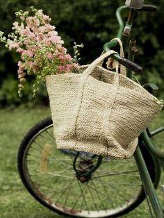 Bici borsa fiori e via!