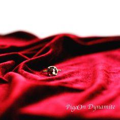 Pomegranate garnet talisman ring www.PigeonDynamite.etsy.com #pomegranate #garnet #talismanring #rings #pigeondynamite #NYC #handmade #jewelry #handcraftedjewelry #etsy #etsyjewelry ザクロガーネットのタリスマンリング #タリスマン #リング #アクセサリー #真紅 #指輪 #クリーマ #ジュエリー #ハンドメイド #手作りジュエリー #ニューヨーク #クリーマ #etsy #jewelry #タリスマン #garnet #pomegranate #handmade #rings #手作りジュエリー #etsyjewelry #pigeondynamite #リング #ニューヨーク #ジュエリー #nyc #真紅 #talismanring #handcraftedjewelry #指輪 #ハンドメイド #アクセサリー