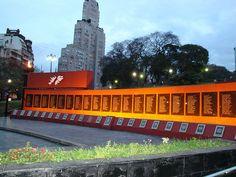Monumento a los Caídos de Malvinas, Retiro, Buenos Aires, Argentina.