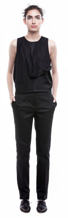 GABRIELA SAKATE | CROPPED TROUSERS IN BLACK COTTON WITH ELASTANE