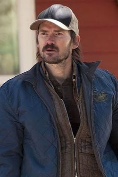 Dickie Bennett of The infamous Bennett clan on Justified played by Jeremy Davies.