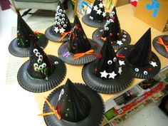 Halloween Hats for Kids - paper plates and party hats now black