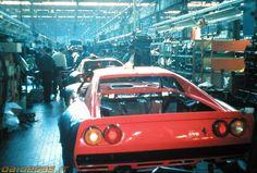 Ferrari 288 GTO factory, http://www.daidegasforum.com/forum/foto-video-4-ruote/546677-ferrari-288-gto-raccolta-foto-thread.html