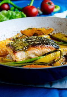 Stir Fry Salmon with Orange   http://giverecipe.com   #salmon #citrus