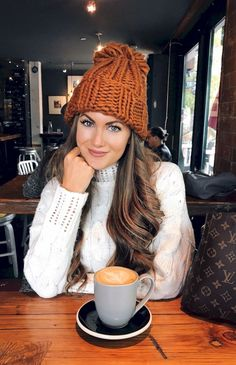 Perfect winter dress ideas try. Fall Outfits 85 Best Winter Outfits Ideas To Try Right Now Looksglamcom 85 Best Winter Outfits Ideas To Try Right Now Looksglamcom Fall Winter Outfits, Winter Wear, Autumn Winter Fashion, Winter Hats, Fashion Fall, Kids Fashion, Snow Fashion, Fall Fashion For Teen Girls, Womens Fashion