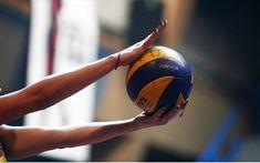 Volleyball Images, Women Volleyball, Volleyball Team, Volleyball Photography, Yamaguchi Tadashi, Just Dance, Soccer Ball, Haikyuu, Oikawa Tooru