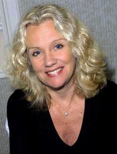 Haley Mills - My favourite actress.From a young age I grew up watching her films. English Actresses, British Actresses, British Actors, Actors & Actresses, American Actors, Juliet Mills, John Mills, Beautiful People, Beautiful Women