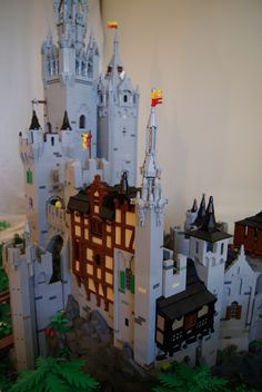 Castle Minecraft Stuff, Lego Stuff, Fantasy Castle, Medieval Fantasy, Cool Lego, Cool Toys, Lego Burg, Amazing Lego Creations, Lego Castle