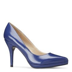 Ohemgee Pointy Toe Pumps - size 7