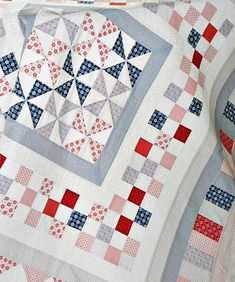 580 Red White And Blue Quilts Ideas In 2021 Patriotic Quilts Blue Quilts Quilts
