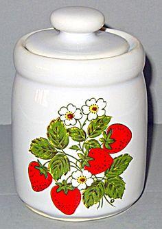 Mccoy Strawberry Country Sugar Bowl