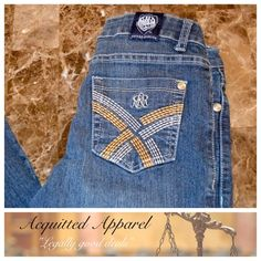 """Rock & Republic Skynard Straight  29.5"""" inseam Vintage Rock And Republic Skynard Straight Leg Jeans Size 25 Excellent Condition These are the more expensive R&R jeans from Saks not Kohls 98% cotton 2% lycra Approximate 29.5"""" inseam and 7"""" rise Item Location Bin   T1 Rock & Republic Jeans Straight Leg"""