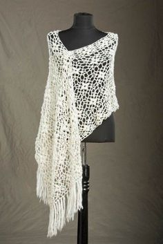 Free Universal Yarn Pattern : Laurel Crocheted Stole