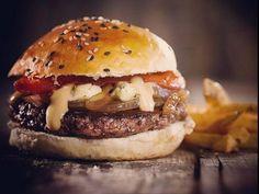 5 aderezos gourmet para condimentar hamburguesas caseras - Planeta JOY