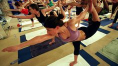 The Best Yoga for Quick Weight Loss: Bikram - Yoga Classes: Find the Best Type of Yoga to Achieve Your Fitness Goal - Shape Magazine Yoga For Weight Loss, Easy Weight Loss, Weight Loss Journey, Healthy Weight Loss, Lose Weight, Reduce Weight, Best Yoga For Beginners, Yoga For Runners, Bikram Yoga