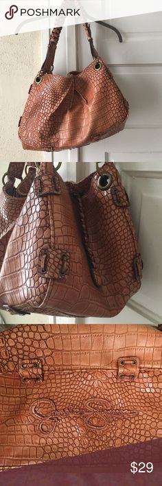 Jessica Simpson large over the shoulder purse Alligator embossed, braided double shoulder straps, JS charm, bronze hardware, just an all around, classy, cute, and versatile bag. GUC Jessica Simpson Bags
