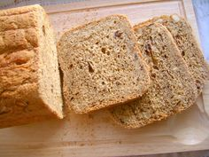 Chleb z suszonymi śliwkami i nerkowcami (wypieki z automatu)