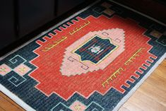 diy-tutorial-painted-persian-oriental-rug- this started as a plain seagrass rug!