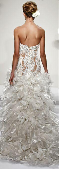 Pnina Tornai Amazing Wedding Dress lace ruffles beading