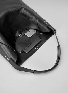 Slouchy Tote leather travel bag - Fits laptops, gadgets & much more. Handmade in London.