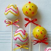 Easter cake pops-absolutely adorable...the chicks are beyond cute!    Sweet Lauren Cakes Easter Cake Pops