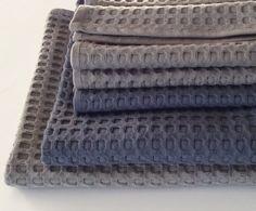 2 set asciugamani bagno nido d'ape (ospite+viso). Colore grigio. Colore blu