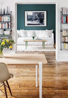 Student tips: decor tips and tricks Clem Around The Corner Furniture, Interior, Table Design, Table Legs, Metal Dining Chairs, Home Decor, Yellow Dining Room, Side Table Design, White Fabric Sofa