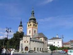 [Slovakia] Hrady, zámky, a kostoly Most Beautiful Cities, Bratislava, Train Station, Notre Dame, Mansions, House Styles, City, Building, Places