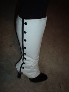 steampunk fashion - Ladies Spats: A HOW TO! Will be trying this before too long... I'm sure it would work on any kind of boot