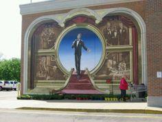 Dean Martin mural at Kroger city center.