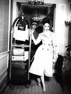 Coco Rocha by Ellen Von Unwerth for Egoïste Magazine School Reviews, Travel Chic, Crunch, Ellen Von Unwerth, Wilhelmina Models, Got The Look, White Fashion, Editorial Fashion, Men Editorial