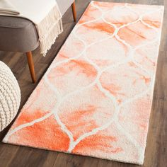 Dip Dye Collection DDY685K Color: Orange / Ivory - #safavieh #safaviehrugs #safaviehrunners #rugrunners #rugs #hallwayrugs #entrywayrugs #staircaserugs #staircasecarpets #entrywaycarpts #bedroomrugs #livingroomrugs #diningroomrugs #kitchenrugs #hallwaydecor #entrywaydecor #shoprugs #runnercarpets #bluerunnerrug #tauperunnerrug