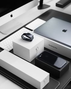 space black case Apple Watch, silver MacBook Pro, jet black iPhone 7 Plus, and silver iMac with corresponding boxes 2017 Apple products unboxed Iphone 8, Apple Iphone, Iphone Cases, Ipad, Airpods Apple, Apple Logo, Macbook Pro, Trippy Hippie, Schul Survival Kits