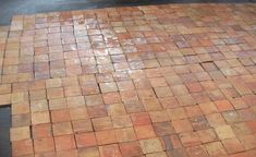 Tomettes anciennes - Johnny Menut, Spécialiste en récupération de tomettes, de carreaux en terre cuite et matériaux anciens