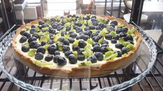 blueberry tart with kiwi - > go for it!!!