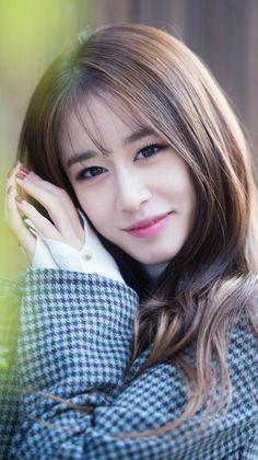 Korean Beauty, Asian Beauty, T Ara Jiyeon, Park Ji Yeon, Girl Photography Poses, Soyeon, Female Singers, Single Women, Beautiful Asian Girls